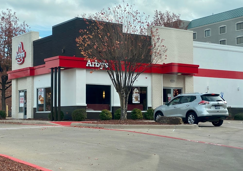 Arby's (Spring Valley Road)